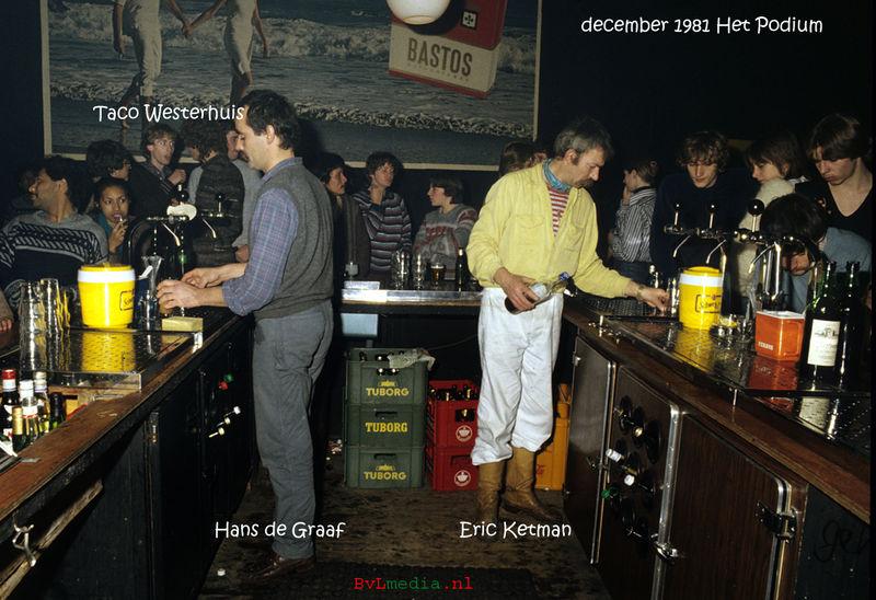 Bestand:Bar Podium december 81 Erik Kettman Hans de Graaf.jpg